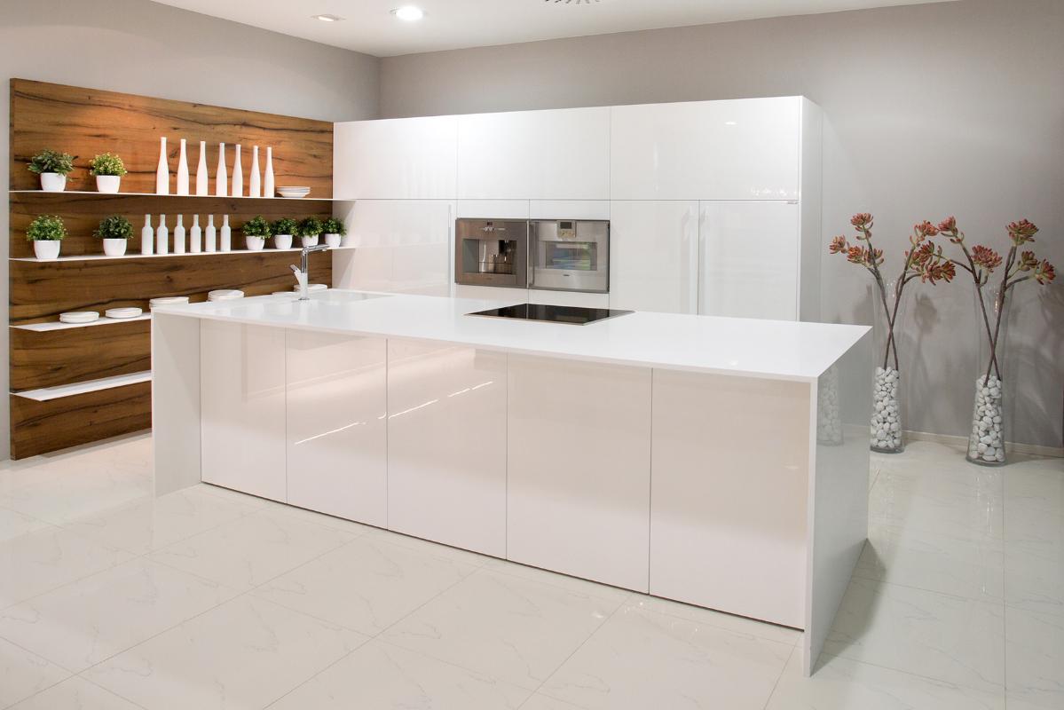 biela-kuchyna-doska-polyston-ultra-white.jpg